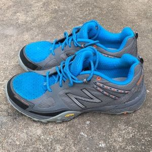 New balance women's shoes size 9